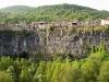 castellfollit-de-la-roca-vista-frontal1